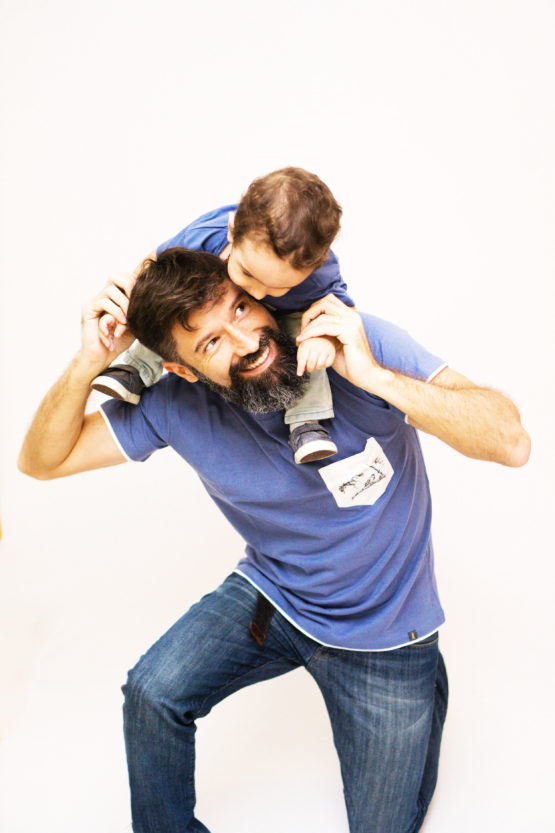 Free Bird tal pai e tal filho 555x833 - Camiseta Pai e Filho Azul